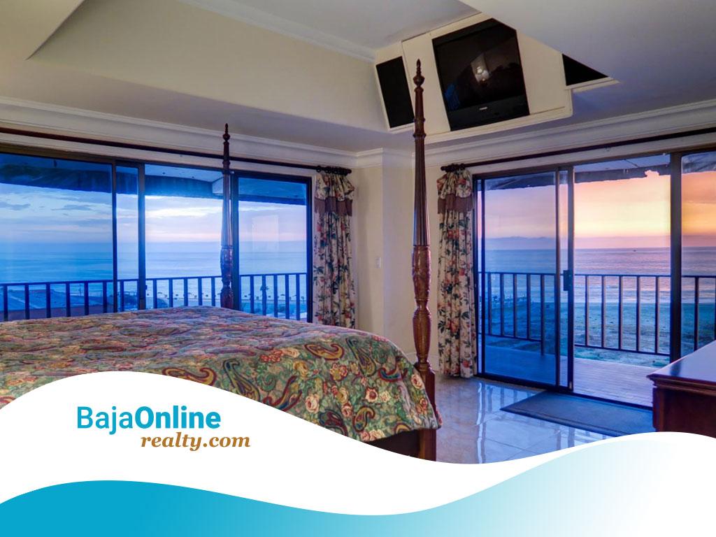 Ocean View Condo For Sale in Quinta Del Mar, Playas de Rosarito - USD $175,000